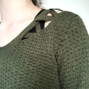 Cozy Olive Green Aeropostale Sweater